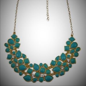 Green Cluster Bib Necklace